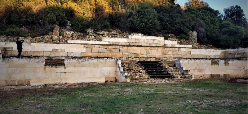 «Η πόλη έφτιαξε τον Αριστοτέλη» / (Chris Leadbeater – 3.12.18)